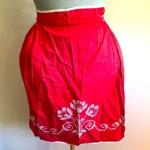 LAST CHANCE Vintage red floral embroidered apron